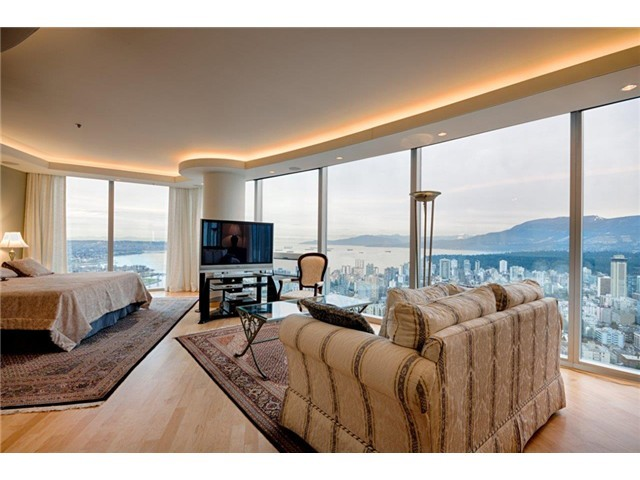 Penthouse-Bedroom.jpg