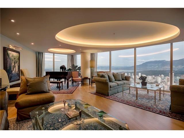 Penthouse-Living.jpg