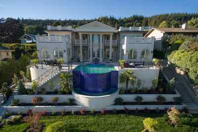 British Properties House for sale:  6 bedroom 9,511 sq.ft. (Listed 2017-01-24)