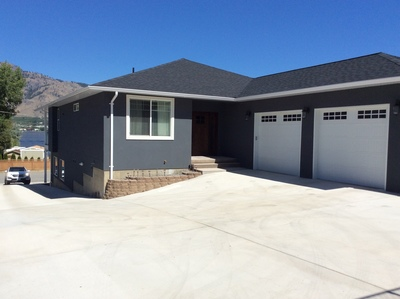 OSOYOOS House for sale:  4 BED + DEN 3,026 sq.ft. (Listed 2016-01-03)