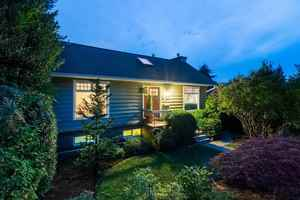 Upper Lonsdale House for sale:  4 bedroom 2,318 sq.ft. (Listed 2017-06-20)