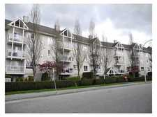 Queen Mary Park Surrey Condo for sale:  2 bedroom 960 sq.ft. (Listed 2014-07-10)