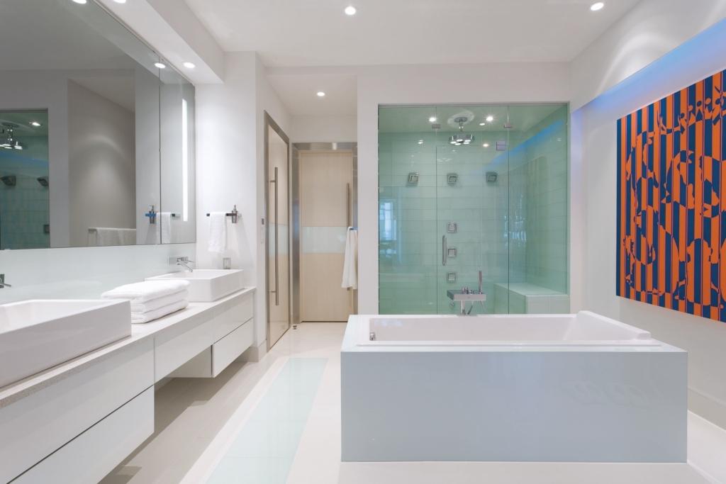 1101 701 3 AV master bath 2