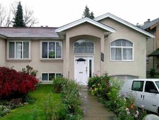 Edmonds BE Duplex for sale:  4 bedroom 2,282 sq.ft. (Listed 2016-09-19)