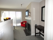 Calgary Patterson Condo for rent:  1+Den  (Listed 2013-10-01)