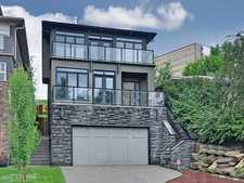 Calgary Parkdale 2 Storey + Walk Out for rent: 3+1 2,781 sq.ft.