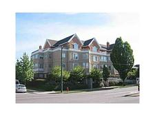 Renfrew VE Condo for sale:  1 bedroom 972 sq.ft. (Listed 2015-06-02)