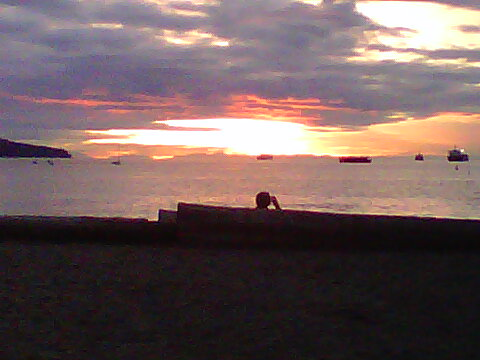 english bay sunset.jpg
