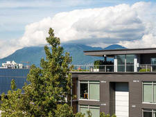 Mount Pleasant VE Condo for sale:   751 sq.ft. (Listed 2015-09-21)