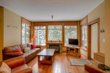 Sun Peaks  Condo for sale: Settler&#039;s Crossing 1 + Den 736 sq.ft. (Listed 2012-11-15)