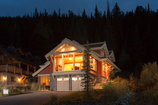 Sun Peaks House for sale:  6 bedroom 3,112 sq.ft. (Listed 2013-09-20)