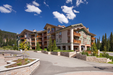 Sun Peaks Apartment for sale: Fireside Lodge 1 bedroom  Tile Backsplash 606 sq.ft. (Listed 2013-12-09)