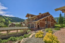 Sun Peaks Condo for sale: Stone's Throw 2 bedroom 925 sq.ft. (Listed 2014-07-10)