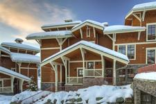 Sun Peaks Condo for sale: Stone's Throw 3 bedroom 1,197 sq.ft. (Listed 2010-01-04)