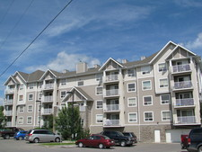 East End Condo for sale:  2 bedroom 940.77 sq.ft. (Listed 2014-04-22)