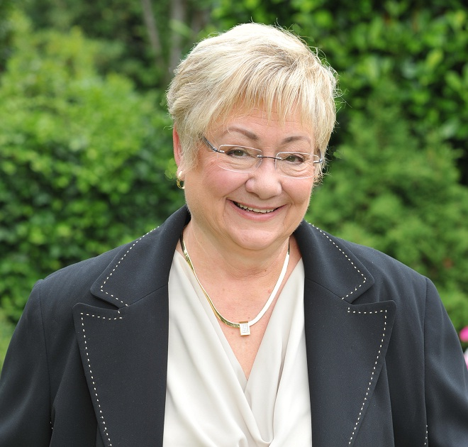 Carolyn Stenson Head Shot 2012