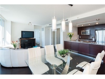 Yaletown Condo for sale:  2 bedroom 1,093 sq.ft. (Listed 2014-07-28)