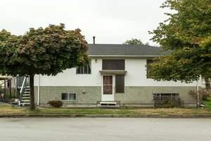 Renfrew VE House for sale:  6 bedroom 2,252 sq.ft. (Listed 2016-09-24)