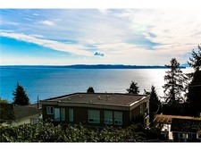 White Rock House for sale: OCEAN VIEW MARINE DRIVE SOUTH 6 bedroom 4,241 sq.ft. (Listed 2014-04-30)