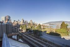 GASTOWN Row/Townhouse for sale: ALEXANDER ROW TOWNHOUSES 2 bedroom 1,702 sq.ft. (Listed 2017-04-27)
