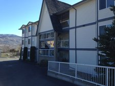 OSOYOOS Condo for sale: BENCHVIEW PLACE 2 bedroom 1,098 sq.ft.