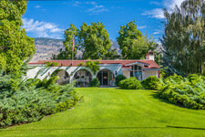 OSOYOOS Semi-Waterfront House for sale:  3 Bedrooms + Den 4,510 sq.ft.