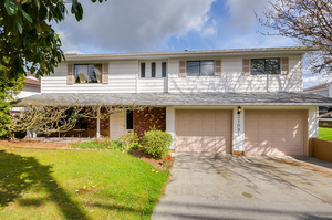 Desirable West Maple Ridge home on a large lot!