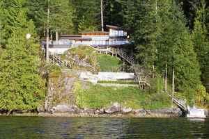 Woodlands-Sunshine-Cascade House for sale:  3 bedroom 2,529 sq.ft. (Listed 2017-03-13)