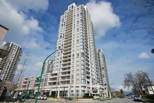 Highgate House for sale:  2 bedroom 1,172 sq.ft. (Listed 2013-04-02)