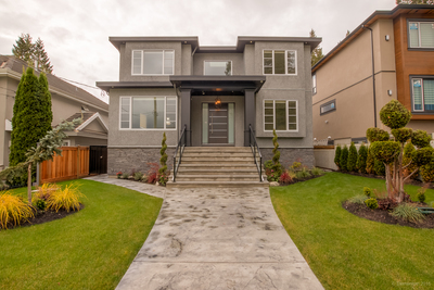 Deer Lake Place House for sale:  6 bedroom 3,827 sq.ft. (Listed 2016-09-28)
