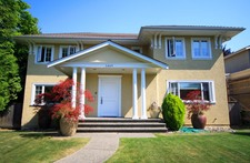 South Granville 2 Level with Basement for sale:  3 bedroom 3,779 sq.ft.