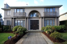 South Granville 2 Level with Basement for sale:  5 bedroom 4,875 sq.ft.