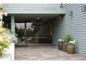 Dundarave Condo for sale:  1 bedroom 584 sq.ft. (Listed 2014-04-15)