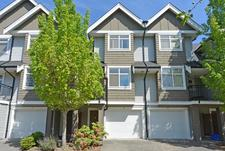 McLennan North Townhouse for sale:  3 bedroom 1,427 sq.ft. (Listed 2016-05-18)