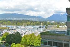 Coal Harbour Condo for sale:  2 bedroom 1,264 sq.ft. (Listed 2017-04-28)
