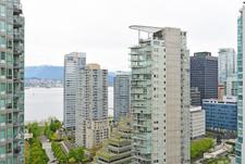 Coal Harbour Condo for sale:  1 bedroom 662 sq.ft. (Listed 2017-04-30)