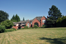 Surrey House for sale:  5 bedroom 5,793 sq.ft. (Listed 2017-06-16)