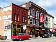 Greenwood BC / Commercial / Residential Building for sale / saloon / hotel / pub