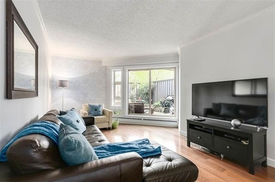 Lower Lonsdale Condo for sale:  1 bedroom 622 sq.ft. (Listed 2017-06-10)