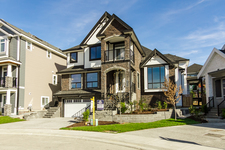 Willoughby Heights Detached house for sale:  7 bedroom 6,560 sq.ft. (Listed 2014-06-30)