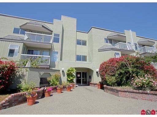 White Rock Condominium for sale:  1 bedroom 621 sq.ft. (Listed 2012-03-20)