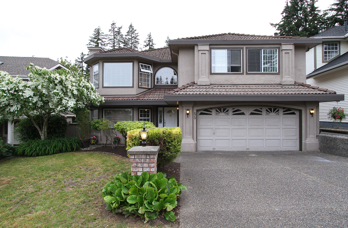 Heritage Mountain 2 storey for sale:  6 bedroom 3,356 sq.ft. (Listed 2016-06-07)