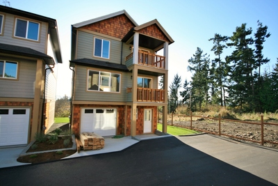 Affordable New Family Home For Sale in Sooke - 3 bedrooms, bonus room, 2000 sqft
