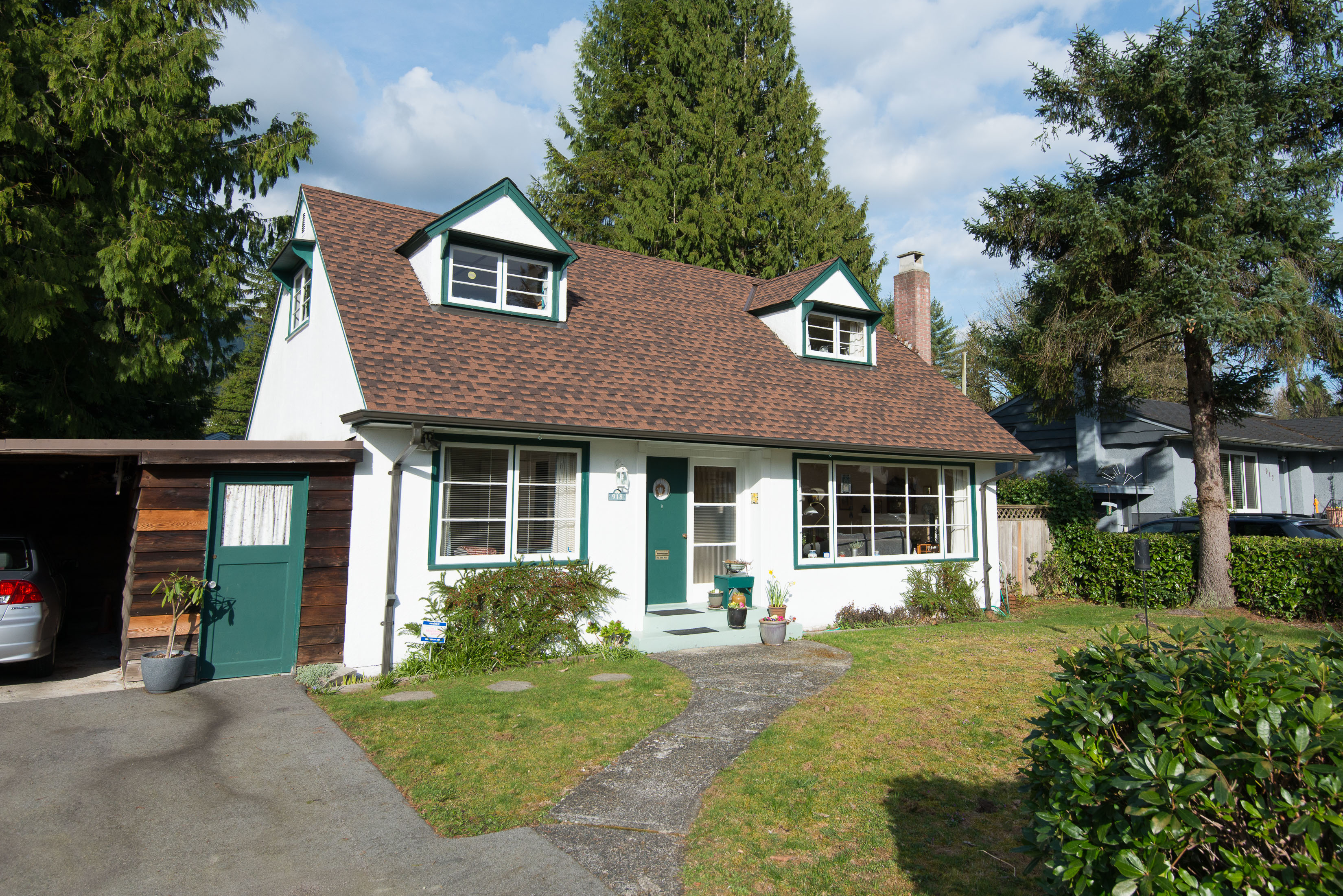 Edgemont House for sale:  4 bedroom 1,416 sq.ft. (Listed 2016-03-28)
