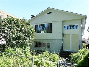 Fraser VE House for sale:  6 bedroom 2,729 sq.ft. (Listed 2016-10-20)