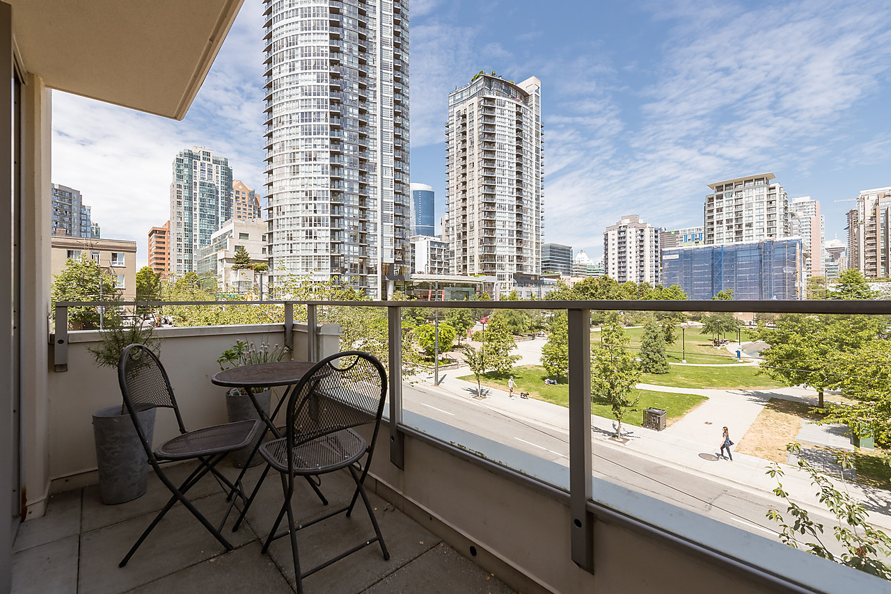 NEW MLS LISTING |Open House | 414-1225 Richards | Huge Private Roof Top Patio