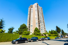 Guildford Condo for sale:  2 bedroom 990 sq.ft. (Listed 2014-09-10)