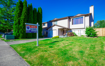 Eagle Ridge CQ House for sale:  4 bedroom 2,180 sq.ft. (Listed 2014-10-12)