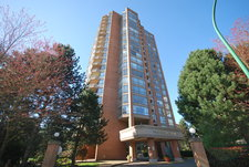 Metrotown Condo for sale: CARLETON ON THE PARK 2 bedroom 1,098 sq.ft. (Listed 2013-04-16)