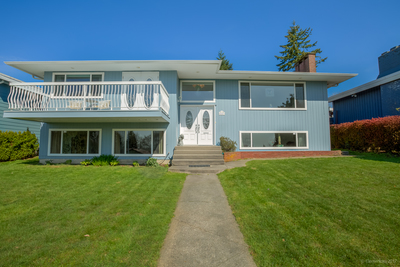 South Slope House for sale:  3 bedroom 2,610 sq.ft. (Listed 2017-04-13)